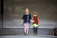 Как научить ребенка красиво одеваться