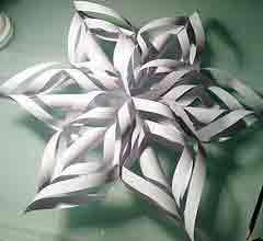 Сделать объемную снежинку из бумаги своими руками